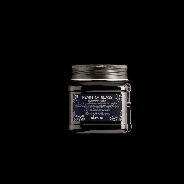heart of glass rich conditioner conditioner rinforzante davines studio21parrucchieri